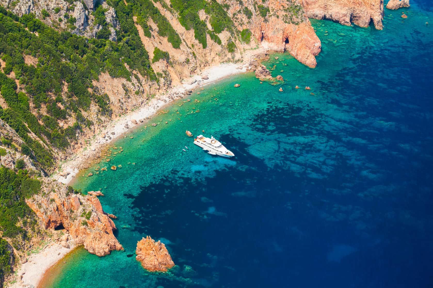 Yacht-Corsica.jpg